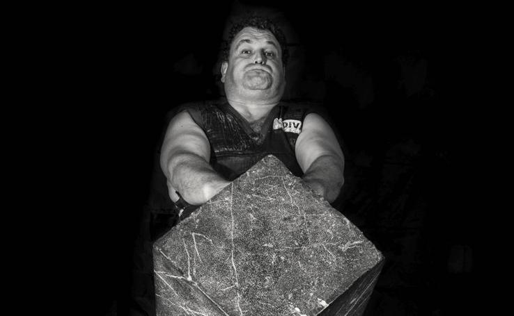 La vertiente estética del levantamiento de piedras