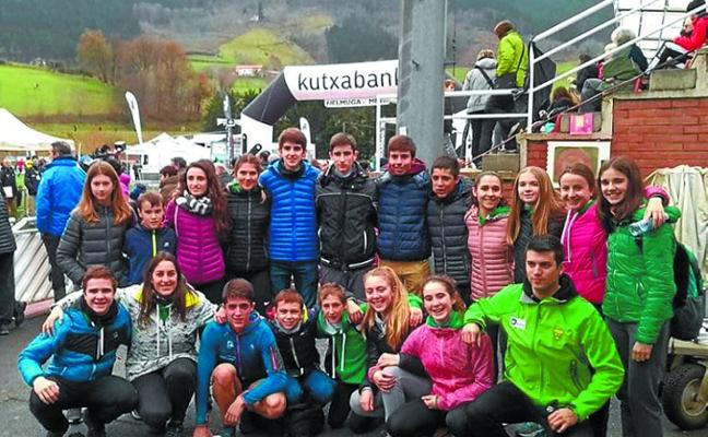 Anartz Artola, primer vasco en categoría sub20 en el cross Juan Muguerza de Elgoibar