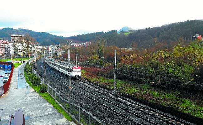 La variante ferroviaria más cerca