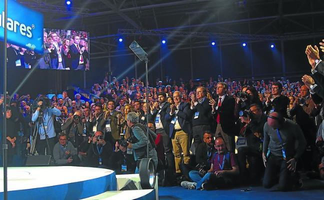 El PP vasco cierra filas con Casado al compartir en la convención un discurso «alejado de Vox»