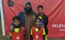 El Atlético y la difícil tarea de desarrollar el fútbol en el país del críquet