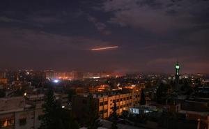 Israel anuncia bombardeos contra objetivos iraníes en Siria