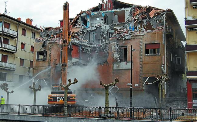 Se cumplen 10 años del derribo del emblemático edificio Olimpia
