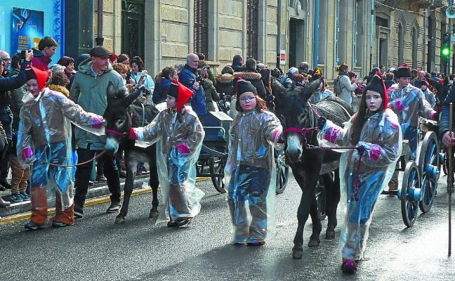 Pasaia no falta al día grande de Donostia