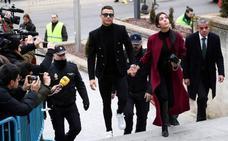 Ronaldo es condenado a pagar 18,8 millones y se suspende el juicio de Xabi Alonso