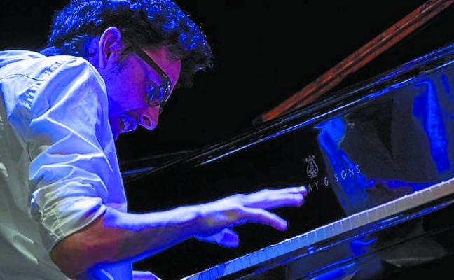 El pianista Adrien Brandeis se suma al Jazzaldia