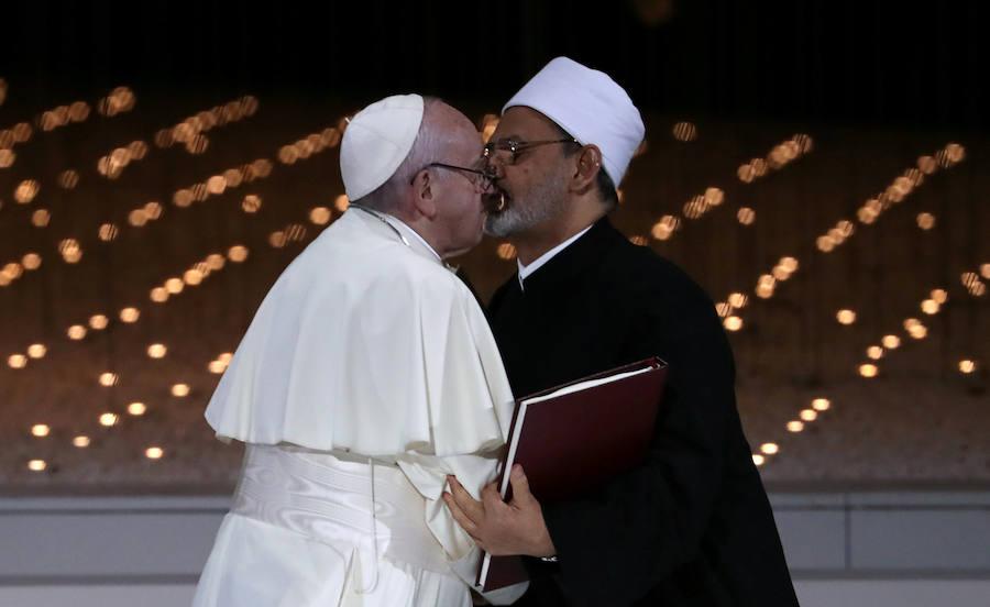El Papa hace historia en Emiratos Árabes