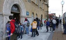El bajón de la natalidad y las huelgas amenazan las matriculaciones en la red concertada