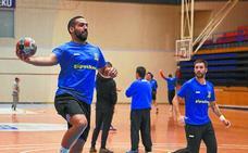 El Bidasoa-Irun busca la 'pole' en la carrera por Europa