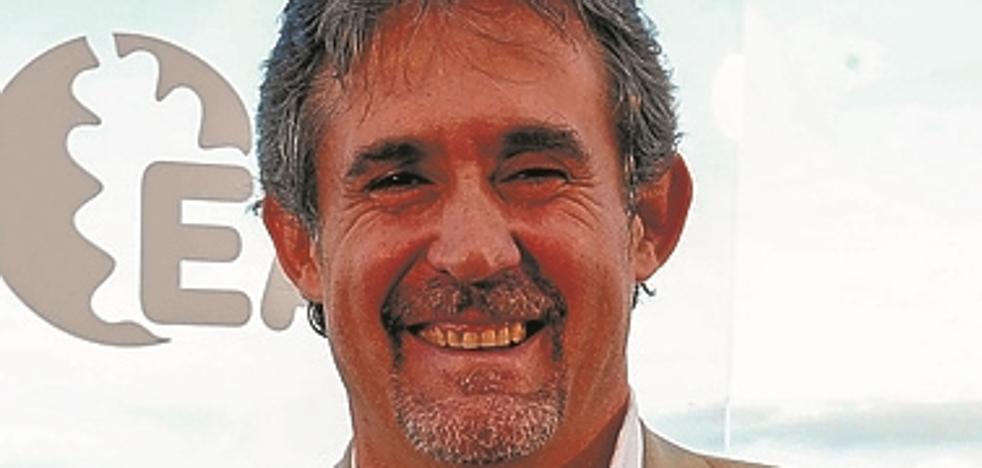Críticos de EA amagan con pedir la dimisión de Urizar al «imponer» su lista para las Juntas de Gipuzkoa
