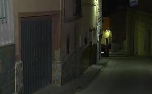 Investigan la muerte de una mujer degollada en su casa de Alicante