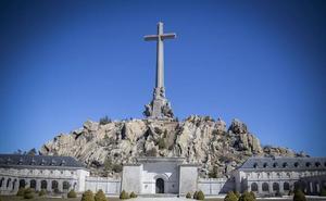 El Gobierno ultima los detalles para ordenar la exhumación de Franco