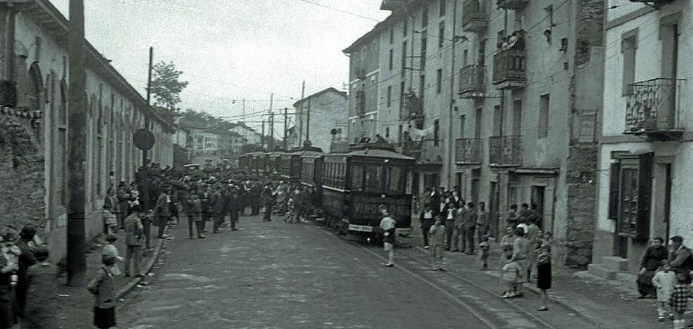 1944 | Aventuras en «el cajón de madera con ruedas que va a Tolosa»