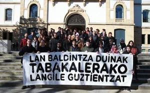 Trabajadores de Tabakalera se suman a la protesta de Ubik