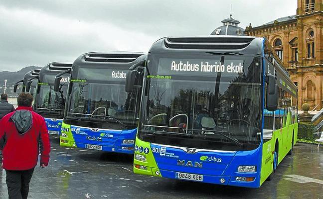 Dbus recibirá catorce autobuses híbridos la semana que viene