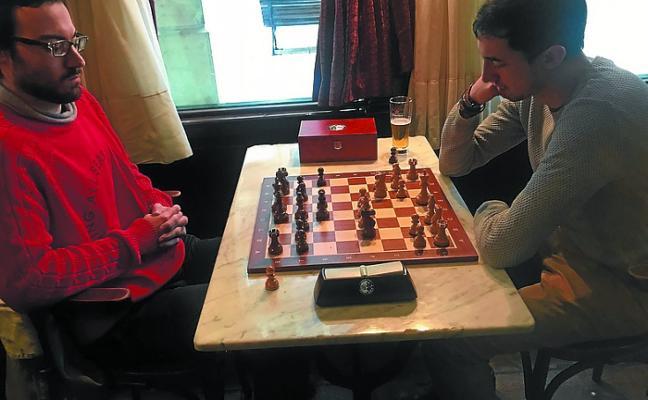 El XX torneo Eire de ajedrez llega a la fase de octavos de final