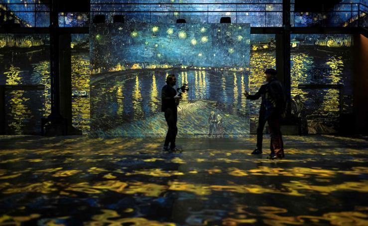 Exhibición inmersiva dedicada a Van Gogh