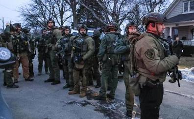 Seis muertos deja el tiroteo en una fábrica en las afueras de Chicago