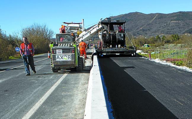 Los trabajos de asfaltado del nuevo bidegorri entre Amute y Jaitzubia continúan mañana