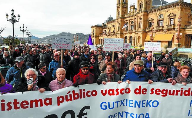 España necesitará 10 millones de cotizantes más para pagar las pensiones en 2050, según BBVA