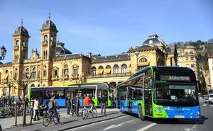 Dbus incorpora 14 nuevos autobuses híbridos