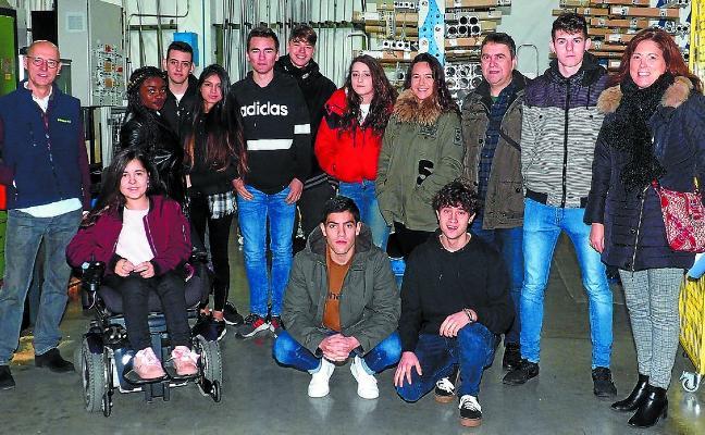 Pneumax apadrina a los alumnos de Cebanc en STARTinnova