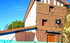 El albergue de Arrokaundieta estrena imagen de corte pirata