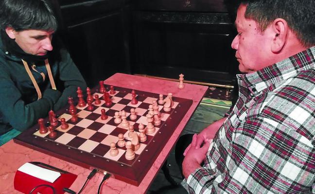 Espectaculares octavos de final en el torneo de ajedrez Eire