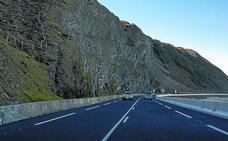 Sin obras en la carretera de la costa entre Zumaia y Zarautz, 500 días después