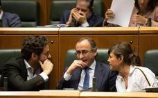 Alonso acusa a Urkullu de «morder» la mano que le tendió para colaborar tras las generales