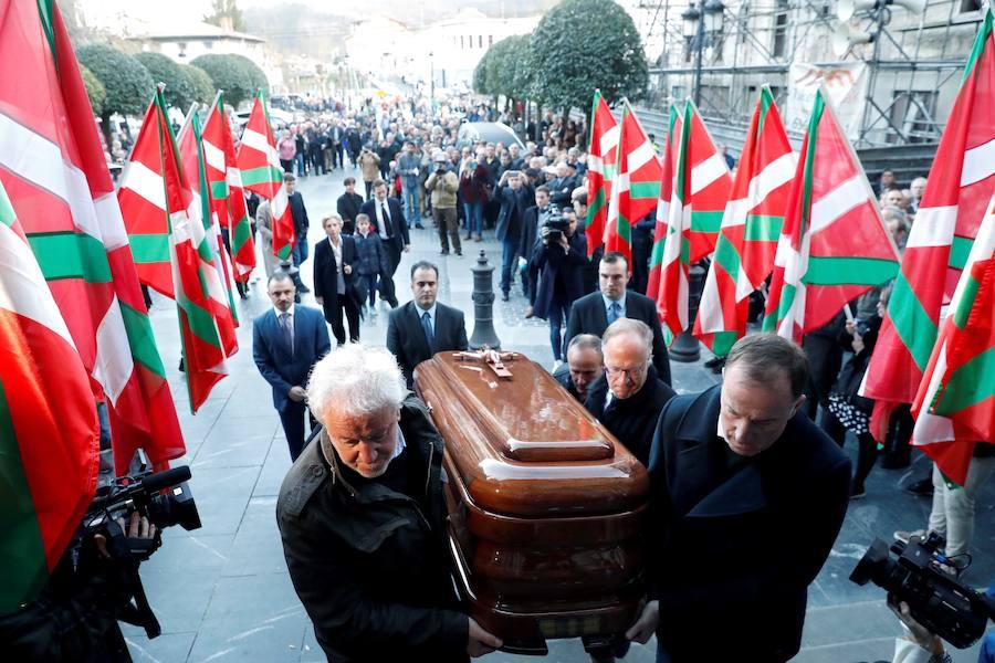 Sentido adiós a Xabier Arzalluz en Azkoitia