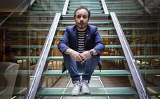 Koldo Serra: «Ver una película en el cine es la experiencia más limpia»