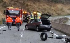 Muere un motorista tras una colisión frontal con un turismo a la altura del pantano de Itoiz