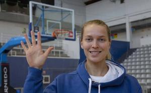 Ellen Nystrom: «Los cinco triples que metí son mi mejor marca desde que juego»