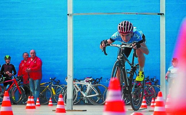 I Ginkana de Euskadi sobre dos ruedas