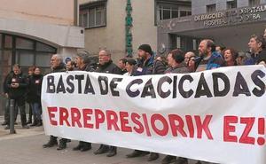 Los sindicatos pedirán que Darpón declare ante la jueza tras su dimisión por la OPE