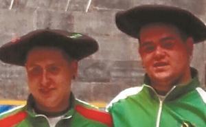 Oihan Zugasti y Mikel Lasa, campeones juveniles de Gipuzkoa en trinkete