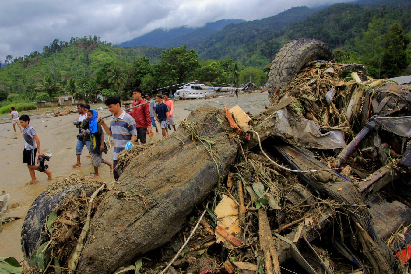 Inundaciones dejan al menos 50 muertos en provincia indonesia de Papúa