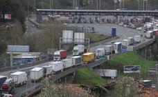 Finalizan las retenciones en la AP-8 en Biriatou por la creciente llegada de camiones
