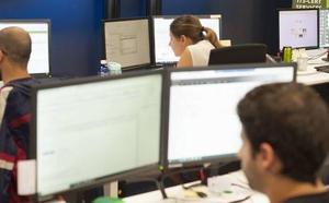 ¿Trabajas con pantallas? Consejos para evitar la fatiga visual