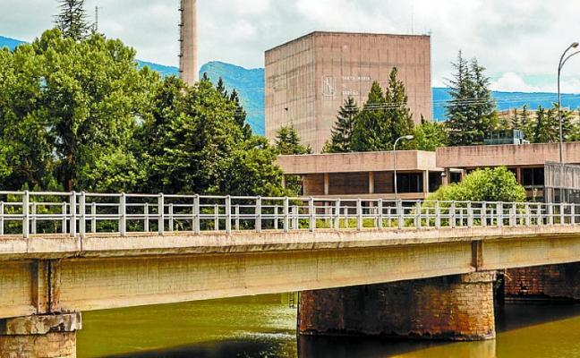 La oposición en Euskadi teme que Garoña se convierta en un cementerio nuclear