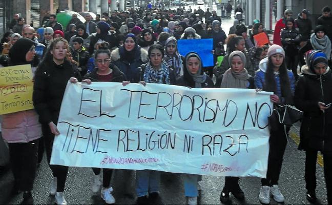 Una manifestación recorrió las calles para condenar el atentado de Nueva Zelanda