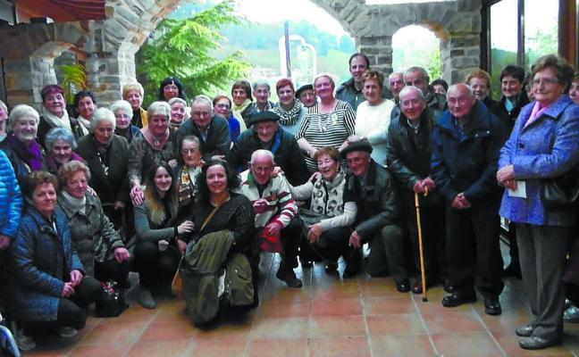 Todos reunidos en el Santurario de Arantzazu