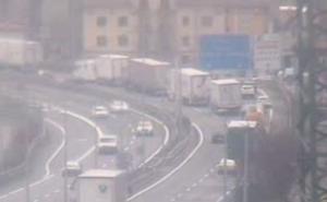 Accidente múltiple en la N-1 a la altura de Irura, sentido Burgos