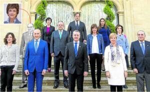 Las mujeres superan a los hombres en el Gobierno Vasco por primera vez en la historia