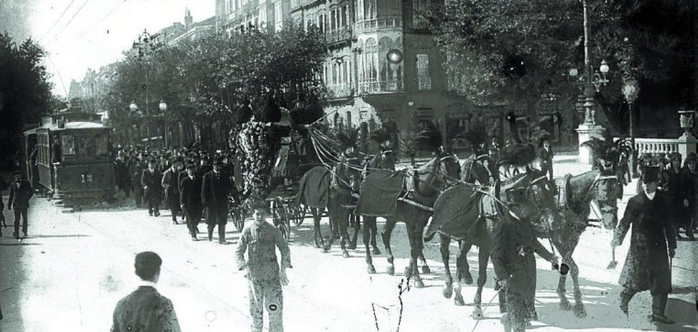 1919 | Peligro de electrocución en la plaza de España (que, ¿dónde está?)
