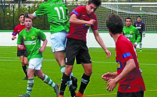 El juvenil, bajo mínimos, consiguió sumar un punto ante el Real Unión
