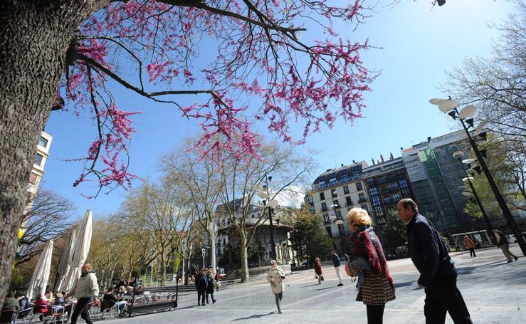 Jornada soleada y fría en Gipuzkoa en vísperas de la primavera