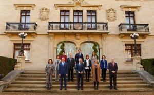 Las mujeres ya superan a los hombres en el Gobierno Vasco