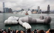 Escultura flotante